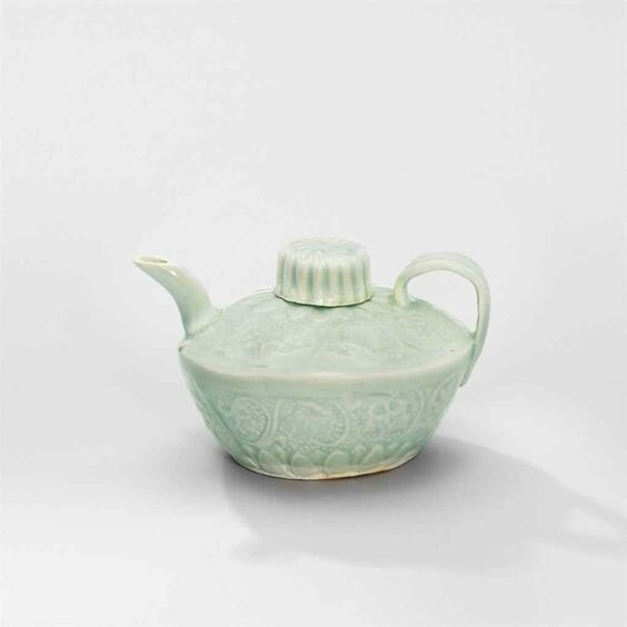 A small moulded Qingbai ewer and cover, Southern Song Dynasty (1127-1279)