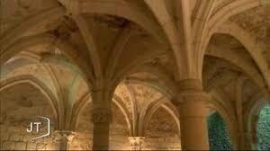 Emma de BLOIS est enlevée par des Normands lors d'un voyage vers l'abbaye de Saint-Michel en L'Herm