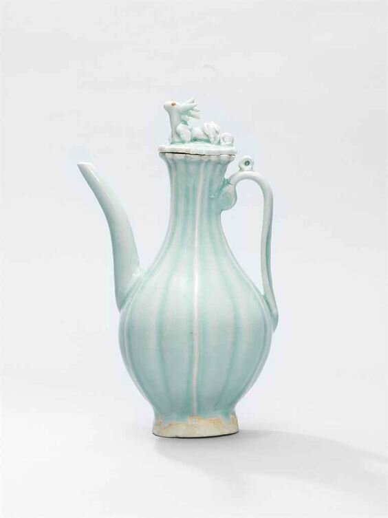 A Qingbai melon-form ewer and cover, Yuan dynasty (1279-1368)