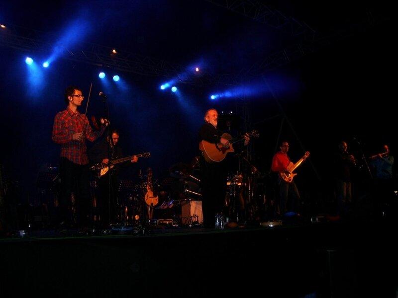 Oskorri en concert