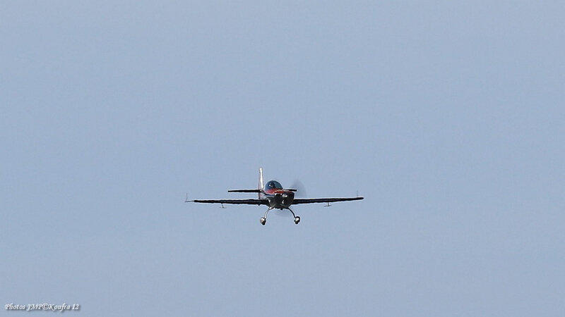 Photos JMP©Koufra 12 - La Cavalerie - Aérodrome - avion - Voltige - Extra 300 - 03032019 - 0458
