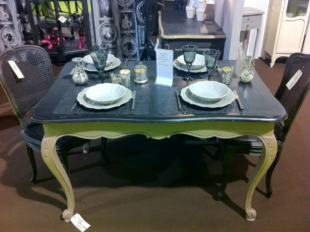 table salle manger patines et cie relooking de meubles. Black Bedroom Furniture Sets. Home Design Ideas