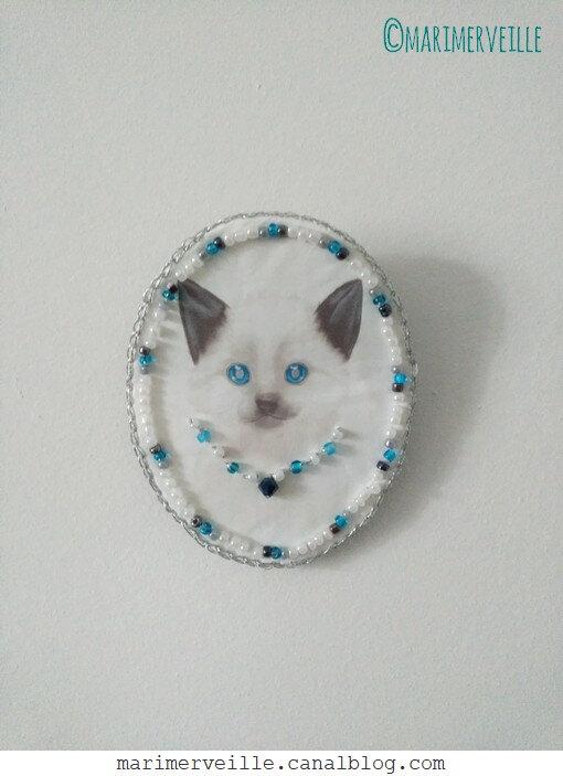 bijoux textile chat (dessin transfert E. Feuillebois)