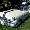 Pontiac laurentian 4door sedan-1953