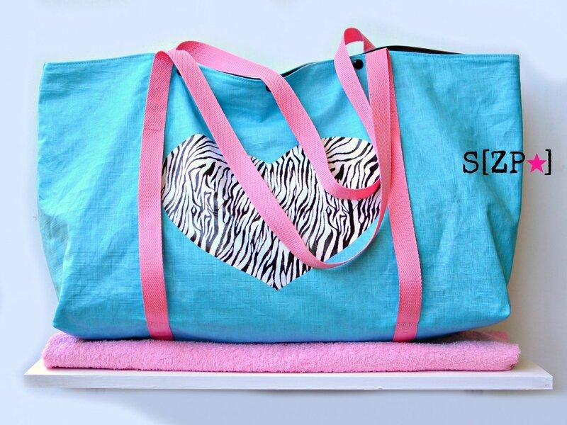 sac de plage rose et turquoise, zebre, coeur, imperméable