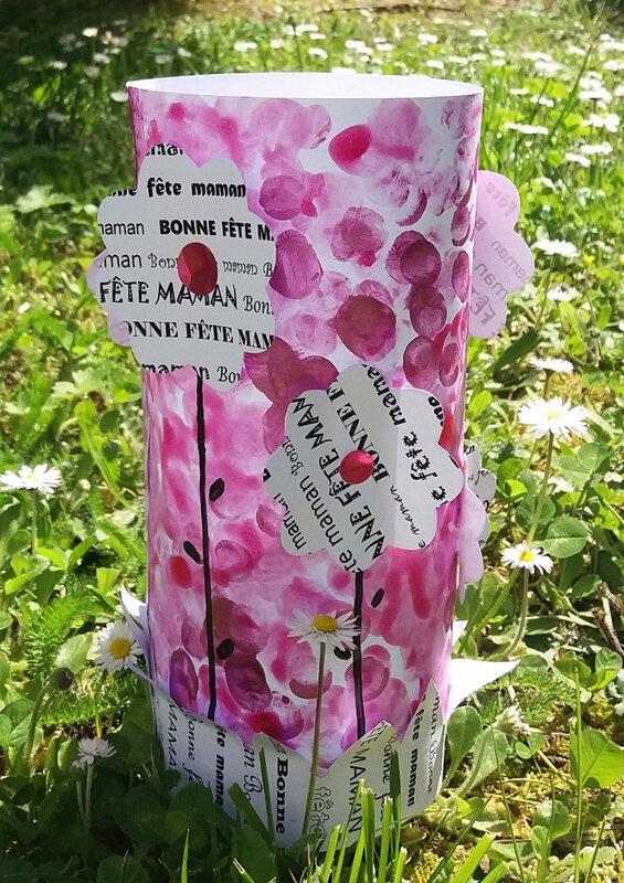304_Fête des mères_Tube de fleurs (56)