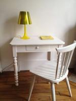 table et chaise blanches 1