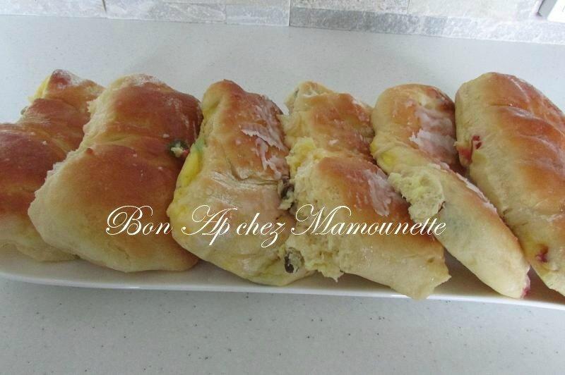 briochés Mamounette aux fruits confits et raisins et crémeux 020