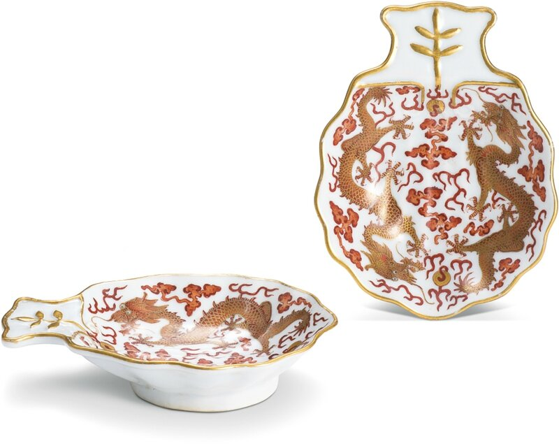 A rare pair of iron-red and gilt-decorated shell-shaped saucers, Qing dynasty, Daoguang period, jixiang ruyi mark