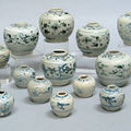 A selection of eighteen blue and white jars and jarlets. Late 15