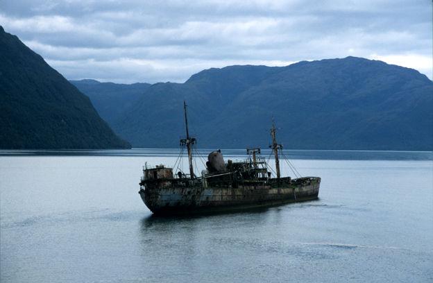 L'épave d'un navire de commerce grec échoué, Chili, 2003