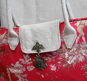 sac_toile_de_jouy_rouge_fa_on_pliable_d_tail_rabas