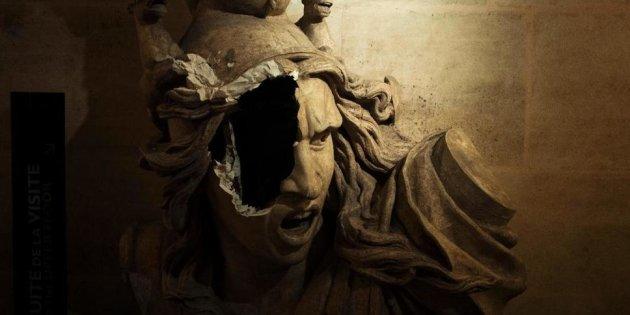 Photo-statue-dégradée-intérieur-Arc-de-Triomphe