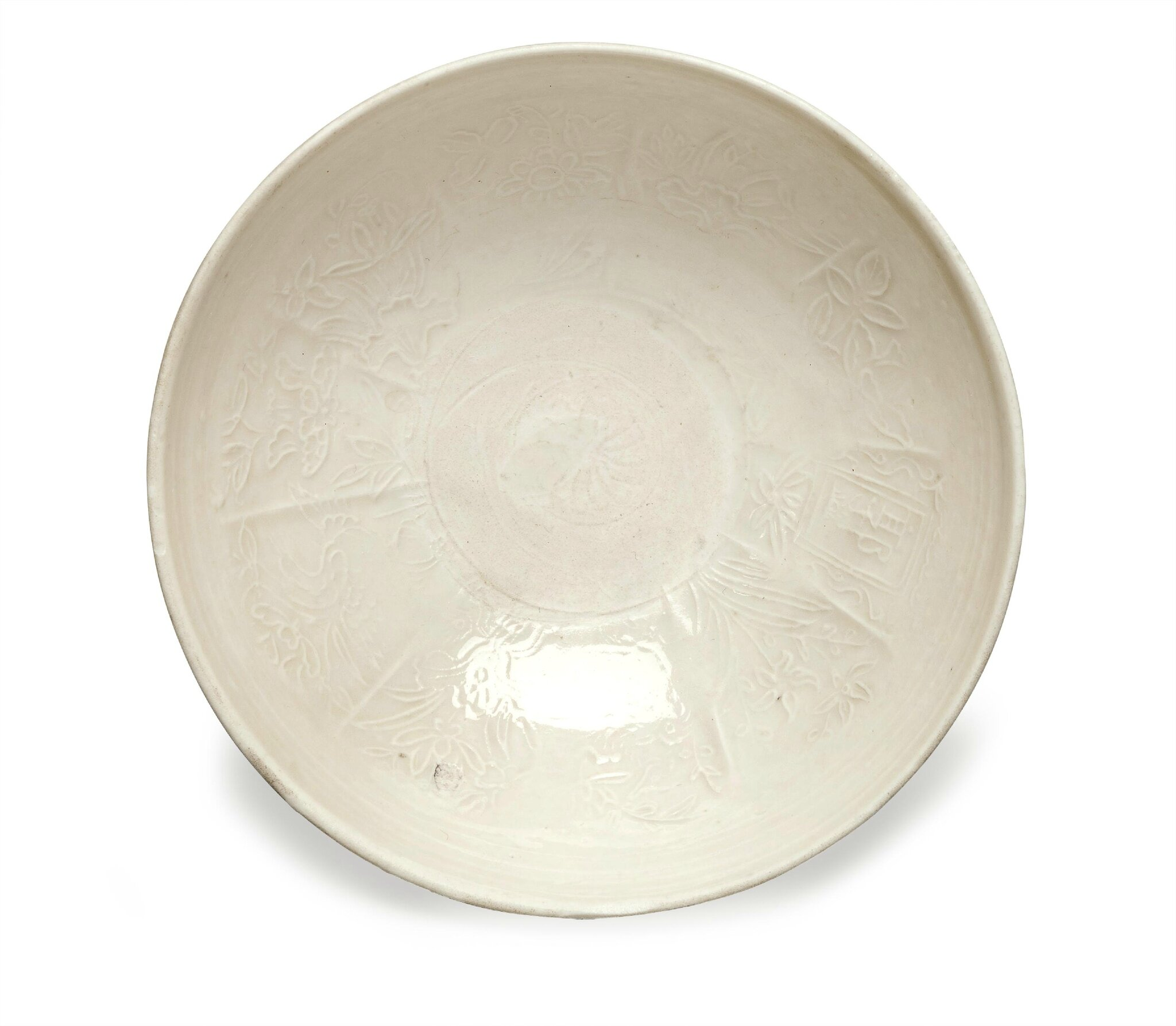 A small Ding-type molded deep bowl, Ming-Qing dynasty (1368-1911)
