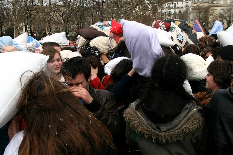 10-Pillow Fight 2010_2572