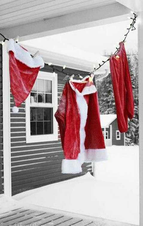 Hanging-Christmas-Decorations-Ideas-4