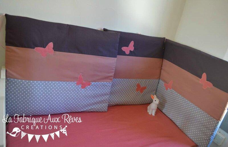 tour de lit bébé 60 120 papillons vieux rose gris à pois violine framboise - décoration chambre enfant bébé fille papillons vieux rose gris à pois violine framboise