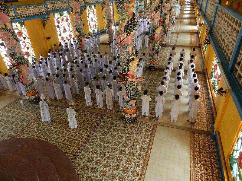 Tay Ninh temple de la religion caodaïste
