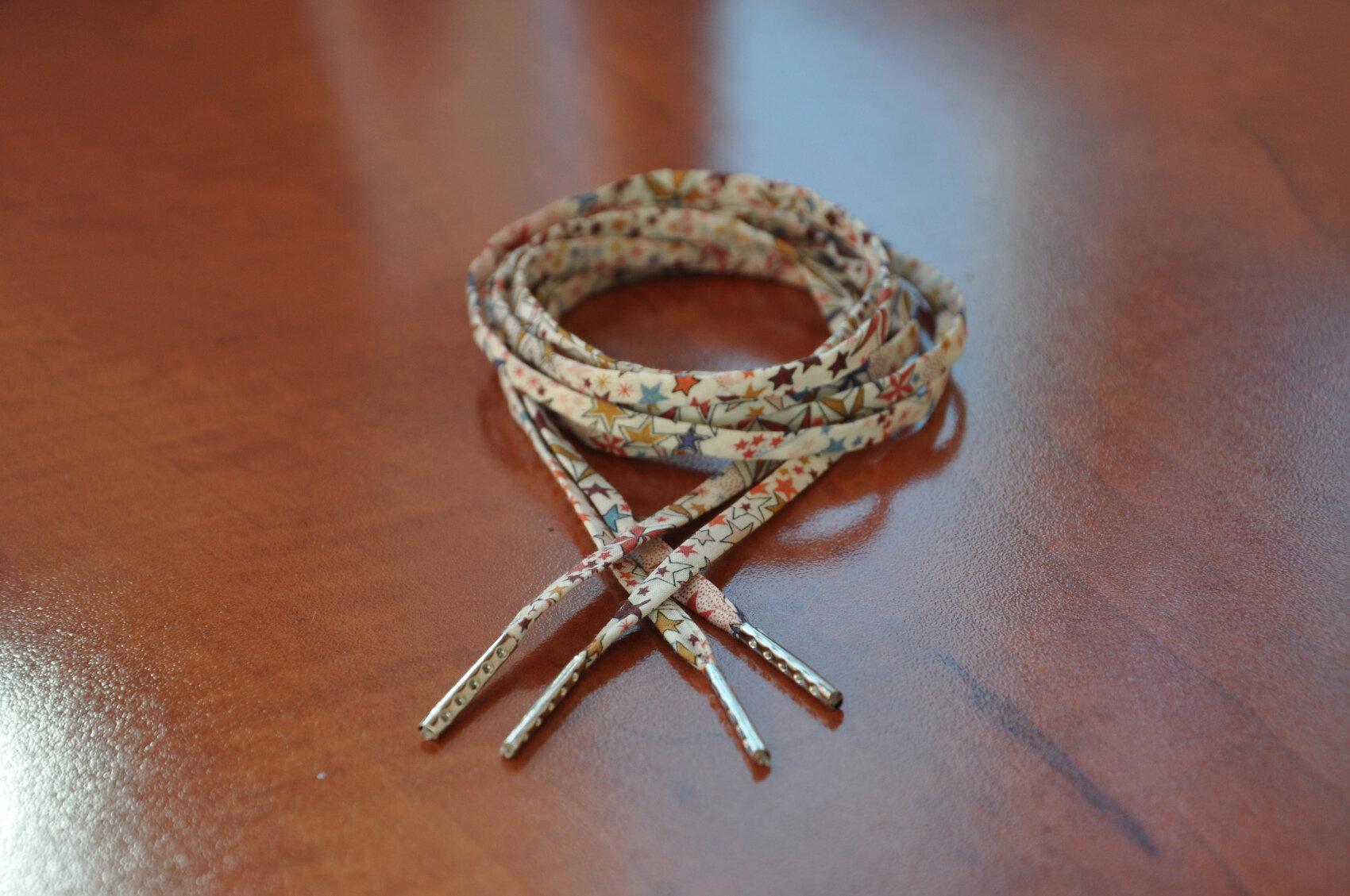 Lacets en liberty pour vos cérémonies et cortèges...