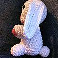 lapin blanc de profil