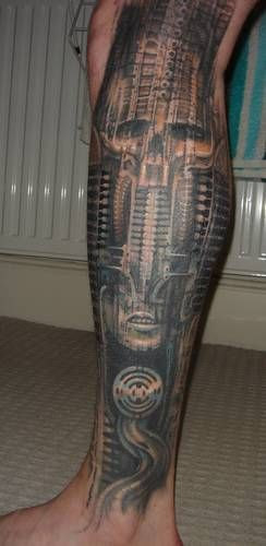 Jambe Photo De Tattoo Tatouage Biomecanique Oldschool Un Jour