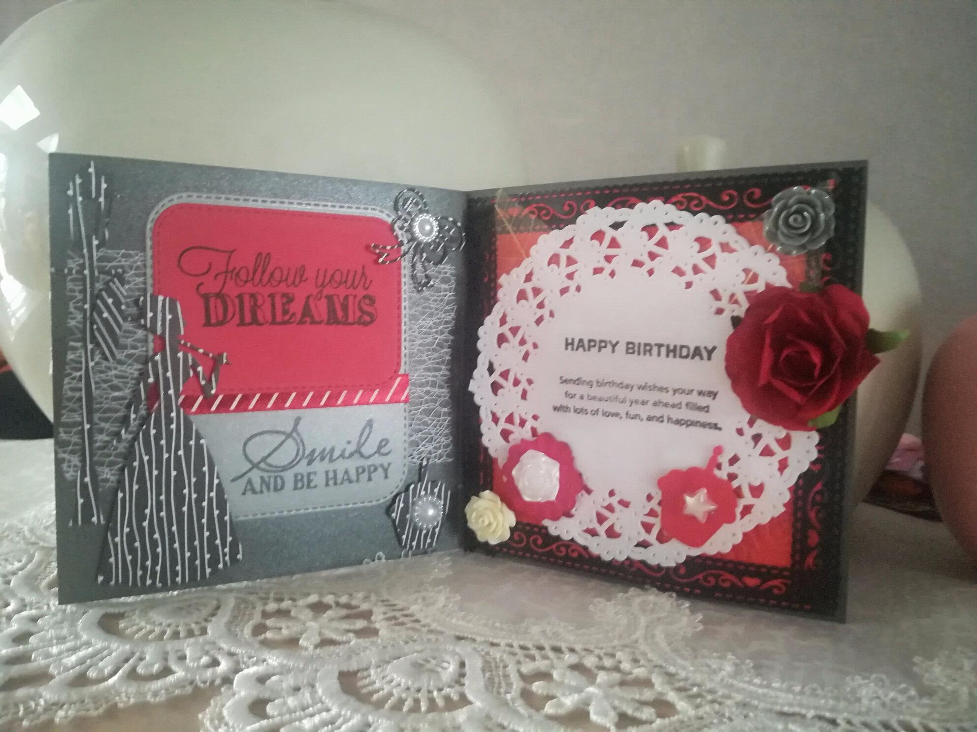 Carte et marque-page pour un anniversaire, nouveaux achats, carte reçue ...