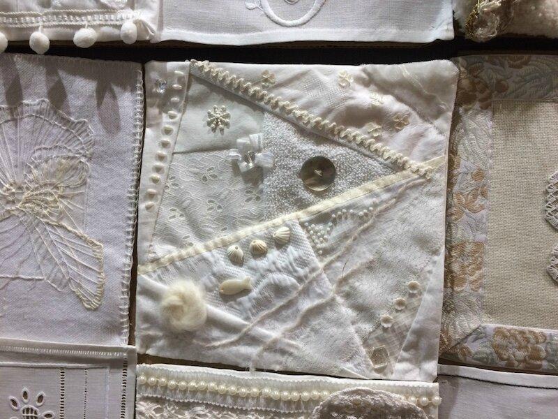 Blanc neige, blanc tradition, blanc passion - La Petite Mercerie - LPM - Emmaüs Le Plessis-Trévise