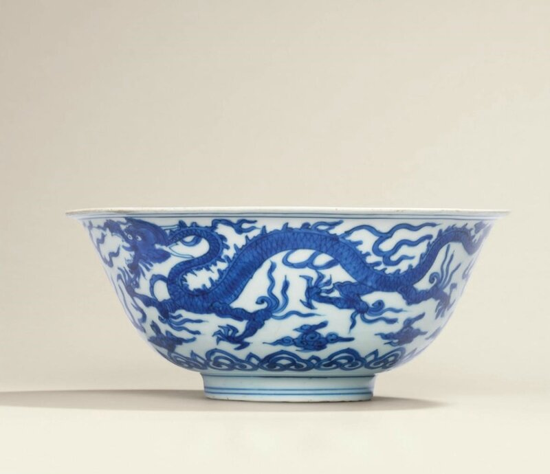 A very rare blue and white 'dragon and phoenix' bowl, Wanli six-character mark in underglaze blue within a double circle and of the period (1573-1619)