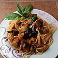 Spaghetti aux aubergines et olives noires