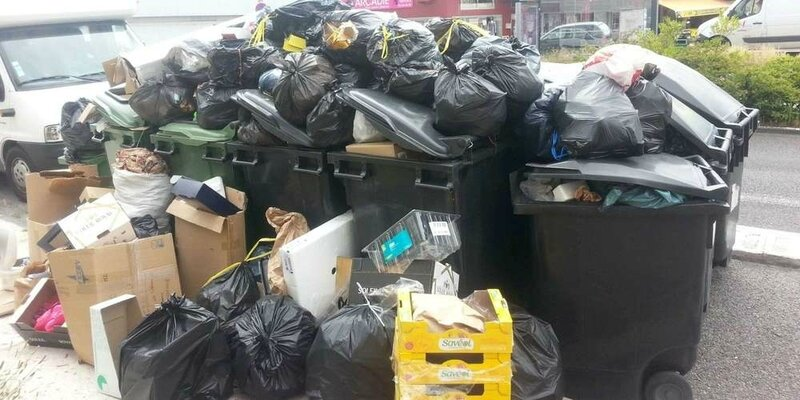 le-probleme-des-poubelles-qui-deborde-est-commun-a-quasi-toutes-ls-communes-de-la-metropole