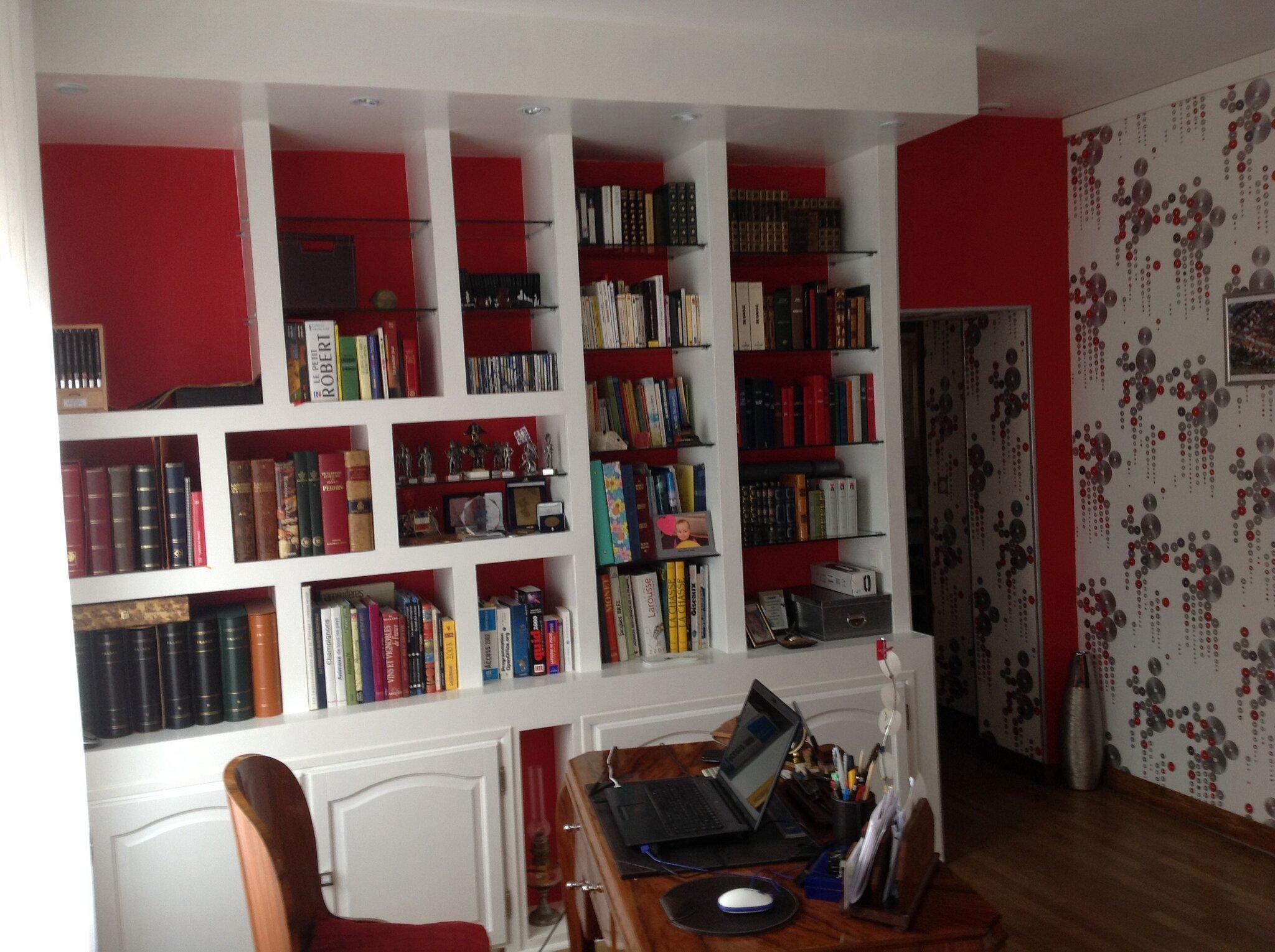 les tapes de la construction d 39 une biblioth que en placoplatre. Black Bedroom Furniture Sets. Home Design Ideas