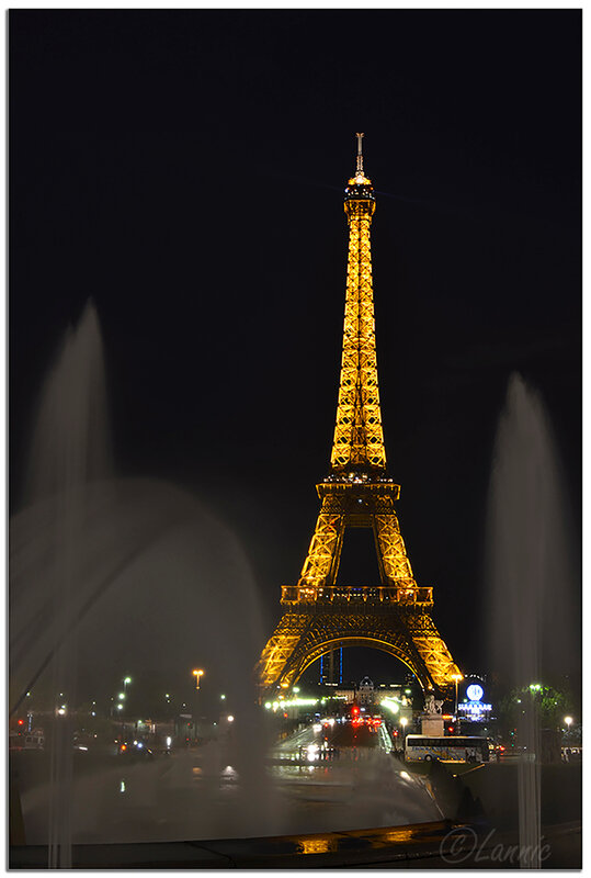 Paris_Tour_Eiffel_nuit_4