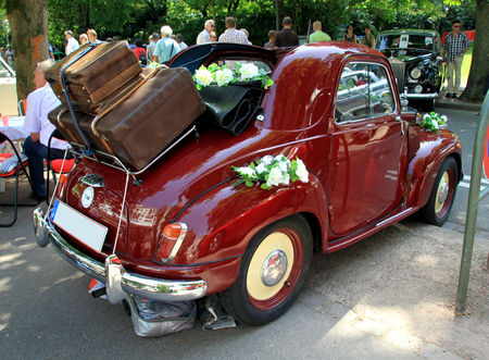 Fiat_topolino_500_C_de_1952__34_me_Internationales_Oldtimer_meeting_de_Baden_Baden__02