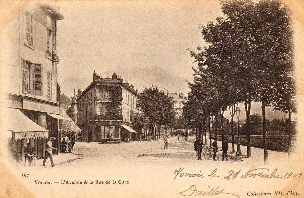 Voiron av Gare cpa 1902
