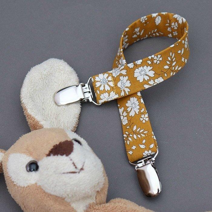 L'attache doudou pour ne jamais perdre les doudous et les garder propre