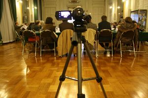 conseil municipal Avranches 4 mars 2013 caméra