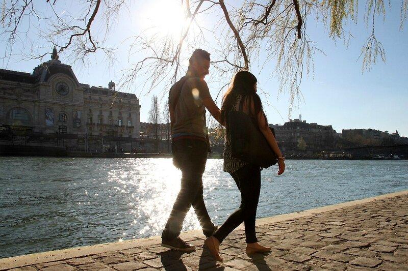 10-Amoureux Quai de Seine, contre-jour_3029