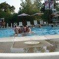 Les boys dans la piscine