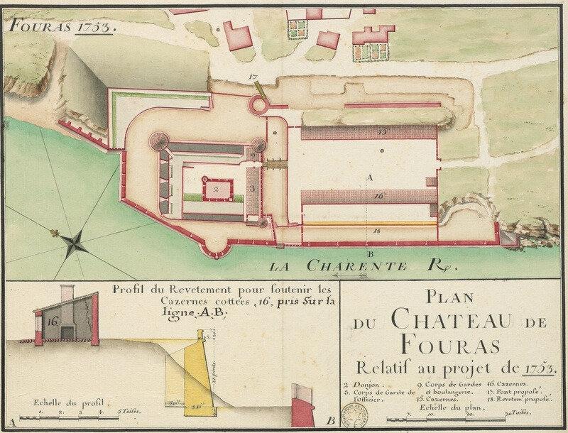 De 1689 à 1693, François Ferry, ingénieur du roi Louis XIV, transforme l'ancienne demeure féodale en un fort à la mer