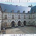 Ancy le Franc ( chateau - cour intérieure