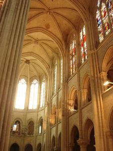 Intérieur cathédrale 1