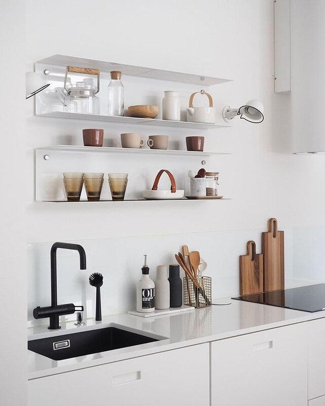 etageres dans la cuisine moderne (11)