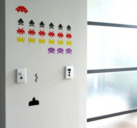 space_invaders_stickers_450x421