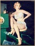 1951_LoveNest_Film_074_010_1