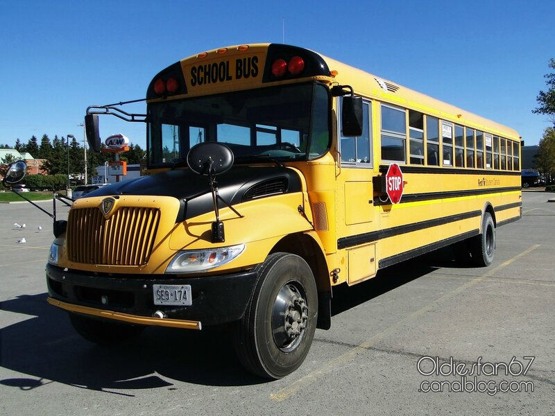 ic-ce-school-bus-2005-2015-01
