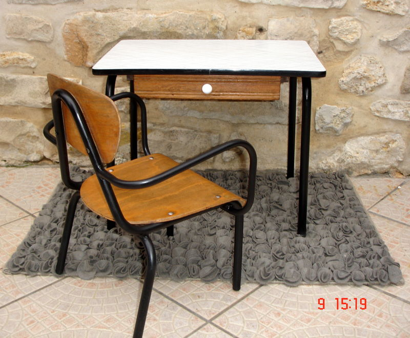 Petit bureau formica noir et blanc atelier darblay le meuble dà
