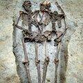 Un couple de l'époque romaine enterré en se tenant la main depuis 1500 ans
