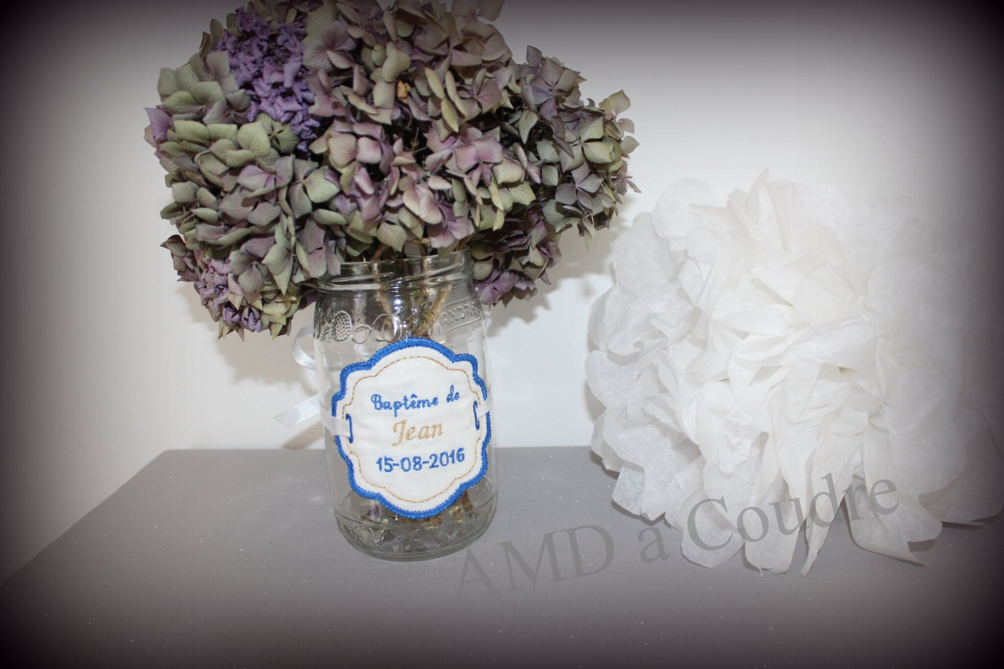 ETIQUETTE PAMPILLE PERSONNALISEE POUR VASE OU BOCAUX CANDY BAR BRODERIE AMD A COUDRE (2)