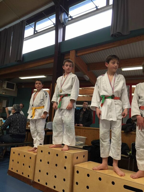 PODIUM MATHIAS