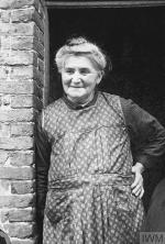 Mme Belmont-Gobert IWMr